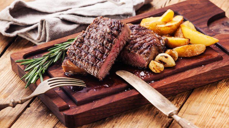 Conheça as diferenças entre os pontos da carne vermelha
