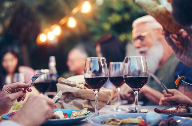 Aprenda como fazer harmonização de carnes e vinhos