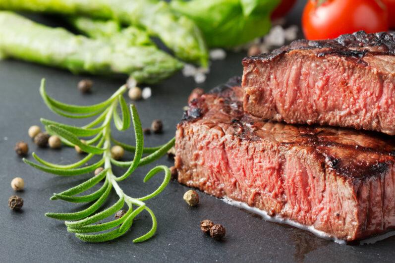 Como selar e fritar a carne corretamente